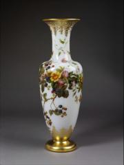 opal glass vase baccarat