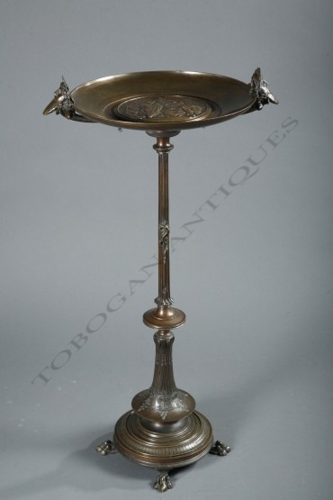 greek-revival-tazza-on-stand