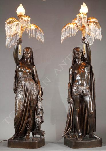 Torchères en bronze patiné - Toussaint - Tobogan Antiques - Antiquaire Paris