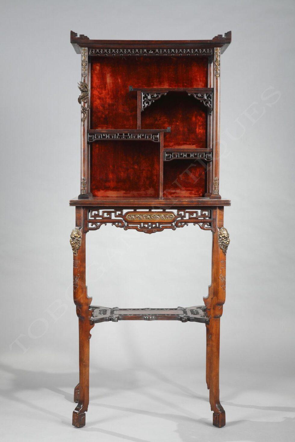 G. Viardot <br/> Table-Etagère Japonisante