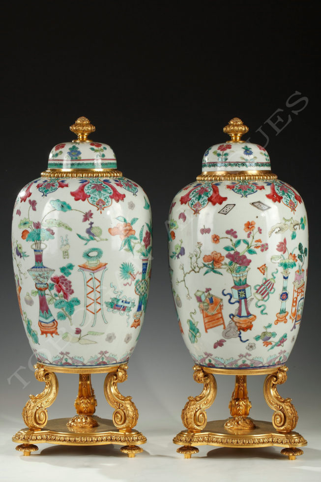 L'Escalier de Cristal <br/> Pair of covered jars