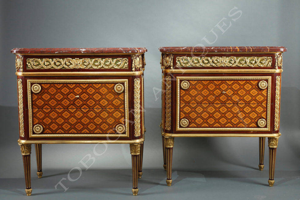 Krieger <br/> Beautiful pair of commodes