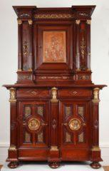 Cabinet néo-Renaissance – Signé P. Sormani – Tobogan Antiques – Antiquaire Paris 8ème