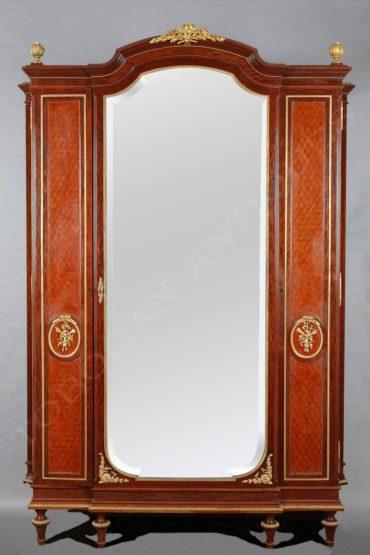 Armoire – Attribué à Krieger – Tobogan Antiques – Antiquaire Paris 8ème