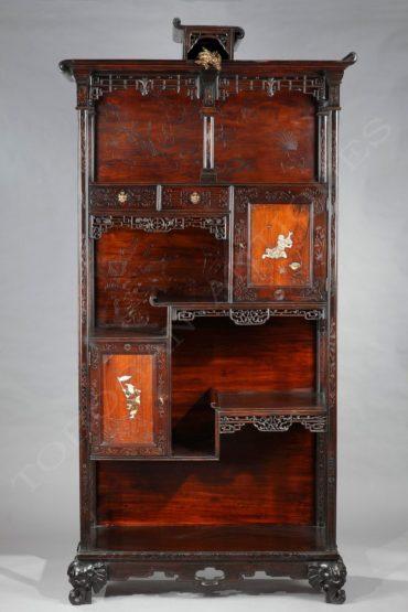 Cabinet japonisant – Attribué à La Maison des Bambous – Tobogan Antiques – Antiquaire Paris 8ème