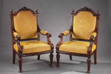 Paire de fauteuils néo-Renaissance – Attribué à H. Fourdinois – Tobogan Antiques – Antiquaire Paris 8ème