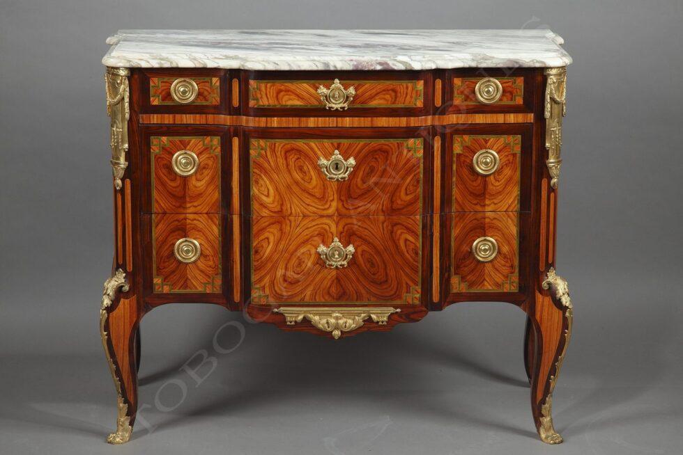 L. Hautreux <br/> Beautiful chest-of-drawers «à ressaut»