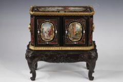 Coffret à parfums – Signé A. Giroux – Tobogan Antiques – Antiquaire Paris 8ème