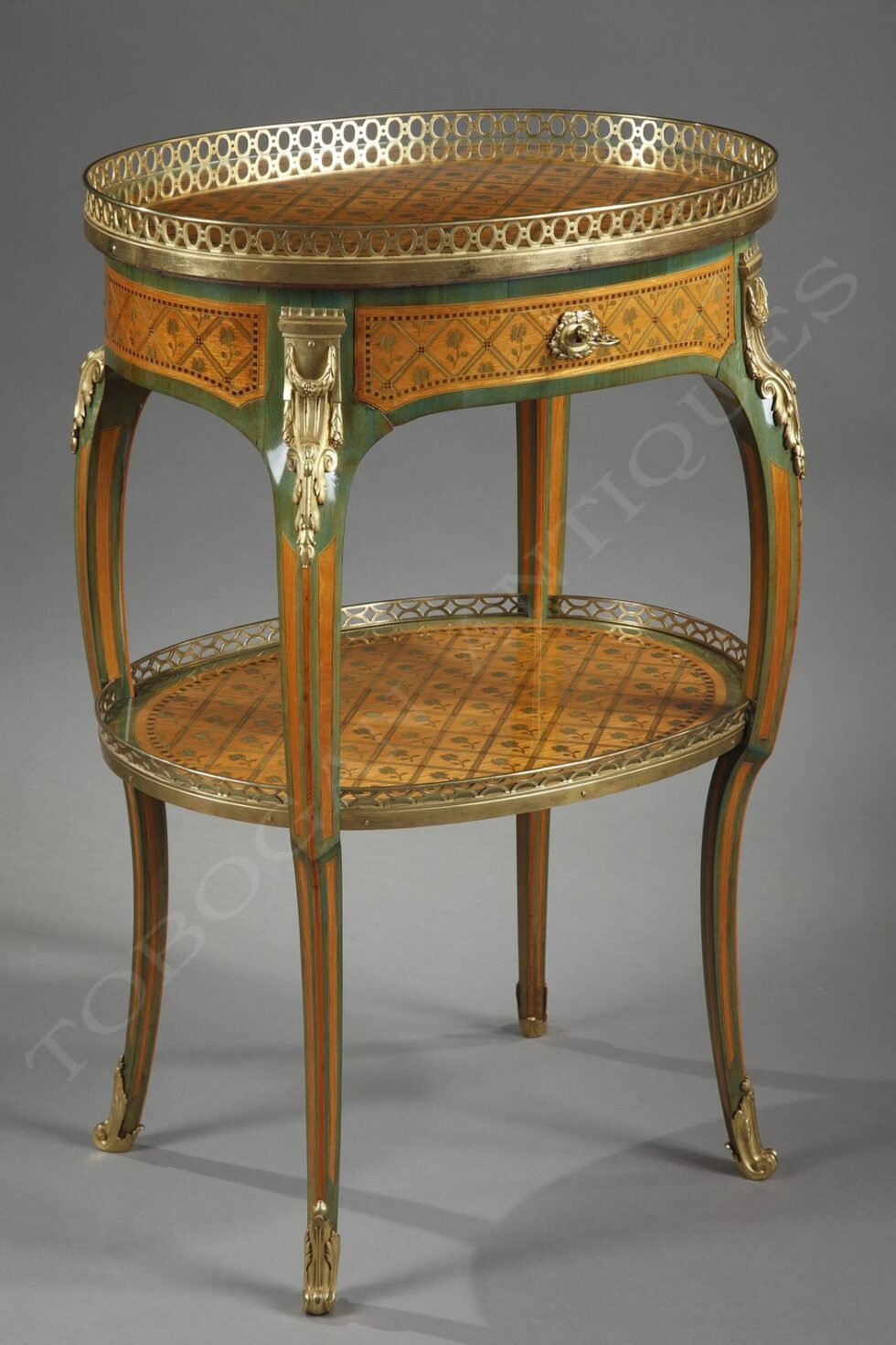 G. Durand <br/> Charming oval table