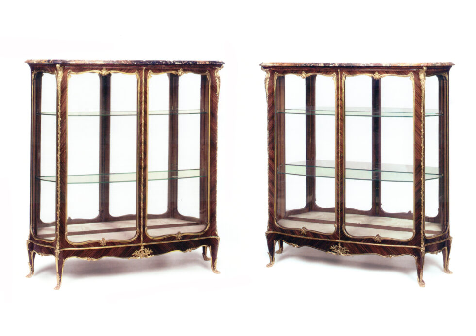 J.-E. Zwiener and L. Messagé <br/> Pair of Vitrines
