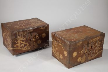 pair of lacquer japanese coffers