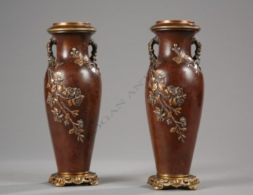 Paire de vases Japonisants Susse Frères bronze objets Tobogan Antiques Paris antiquités XIXe siècle