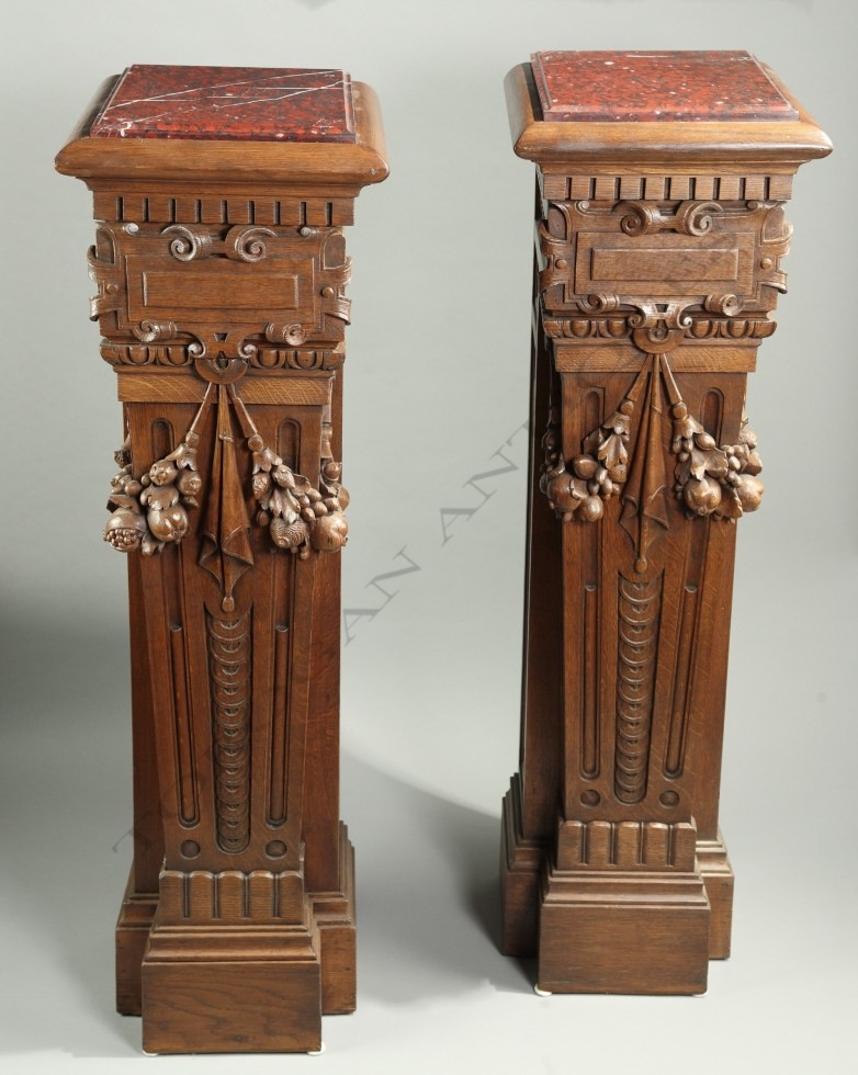 Pair of neo-renaissance <br/> Stands