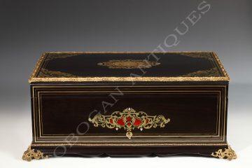 Tahan <br /> Travel casket