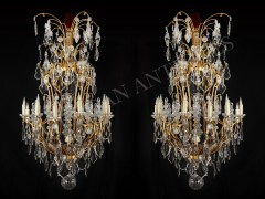 H. Vian  Magnificent pair of Chandeliers