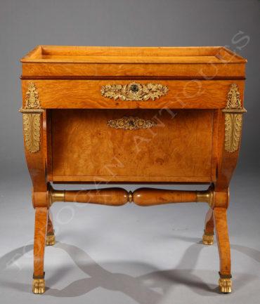 Table à écrire d'époque Charles X - Tobogan Antiques - Antiquaire Paris