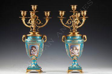 vases-sevres-candelabres