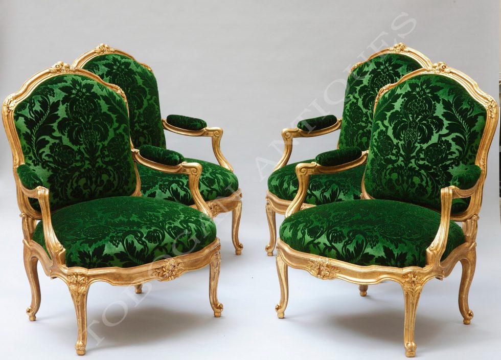 """Large armchairs """"à châssis"""""""