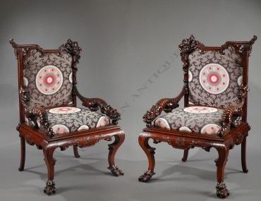 Paire de fauteuils Japonisants Viardot mobilier Tobogan Antiques Paris antiquités XIXe siècle