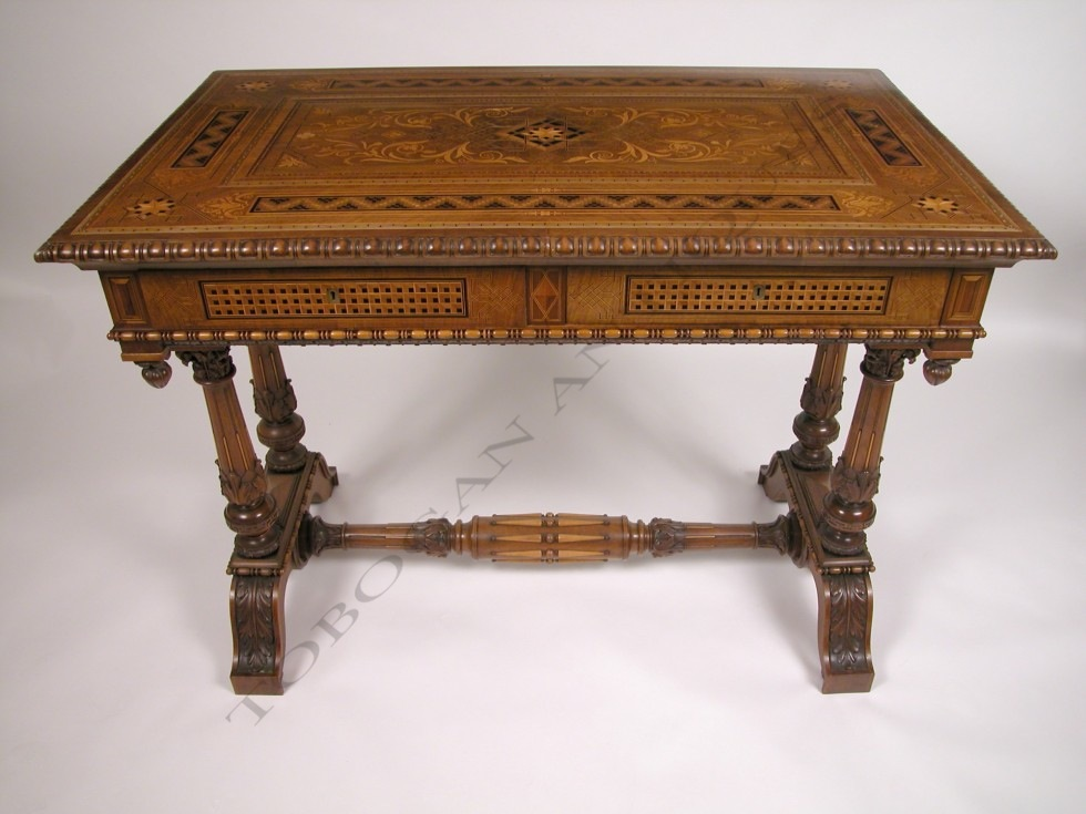 Cortina d'Ampezzo<br />Renaissance style center table