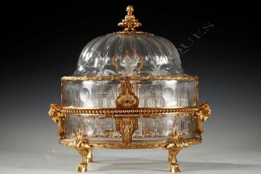 Baccarat Cave à liqueurs bronze Escalier de cristal Tobogan Antiques Paris antiquités XIXe siècle