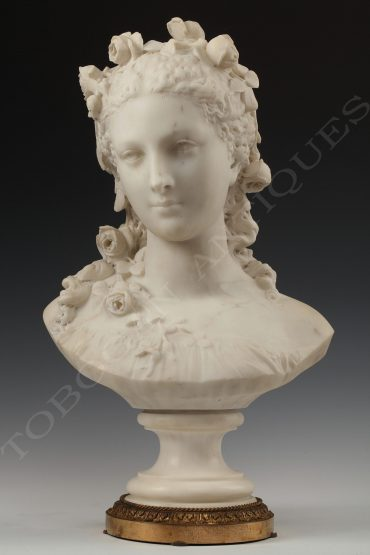 bust flora carrier belleuse