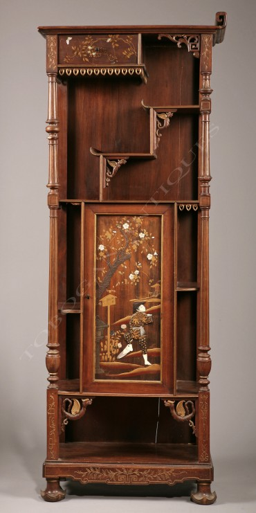 Cabinet Japonisant nacre ivoire Perret et Vibert La Maison des Bambous Tobogan Antiques Paris antiquités XIXe siècle