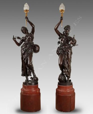 J.-F. Coutan Rare paire de torchères bronze Tobogan Antiques Paris antiquités XIXe siècle