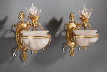 Paire d'appliques en albâtre et bronze doré - Attribué à Delisle - Tobogan Antiques - Antiquaire Paris
