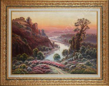 Charmant paysage représentant les bruyères en fleurs de la vallée de la Dordogne