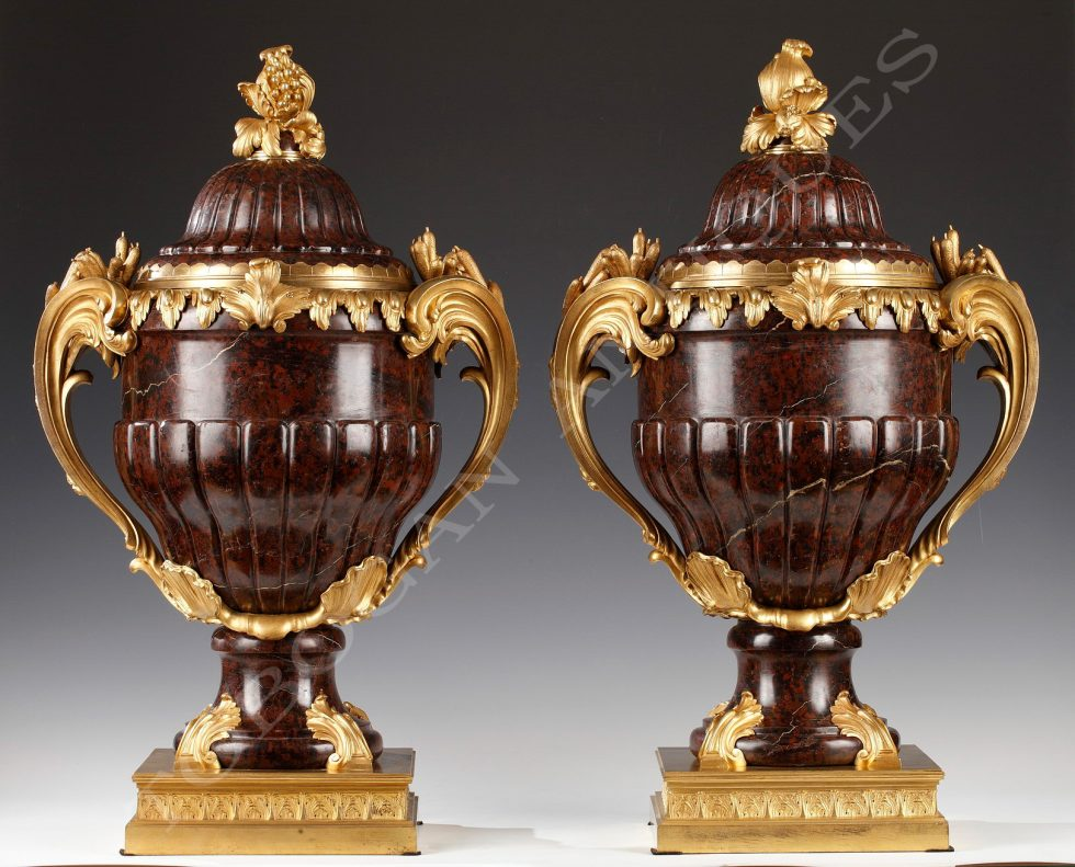 Maison Lexcellent <br/> Important pair of covered vases