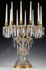 Baccarat  Elegant centerpiece