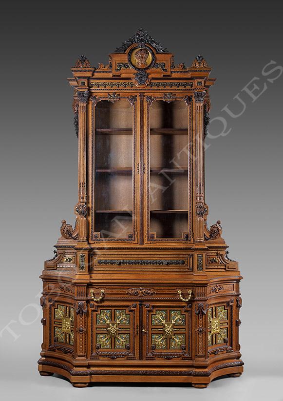 H.-A. Fourdinois <br/> Rare meuble de présentation