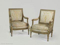 louvre-paire-fauteuils-reine