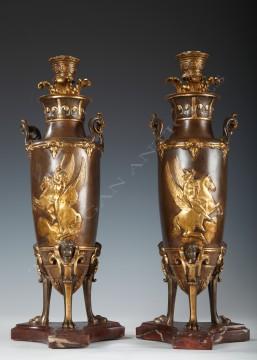 F. Levillain & F. Barbedienne<br />Paire de bougeoirs néo-Grecs