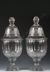 BaccaratPair of crystal covered vases