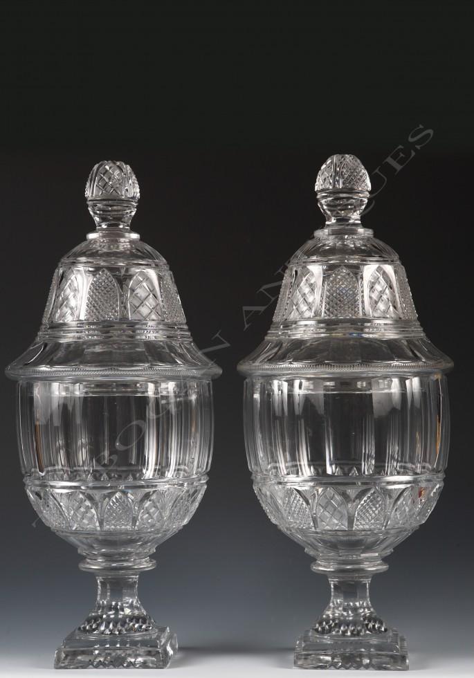 Baccarat<br /> Paire de vases en cristal