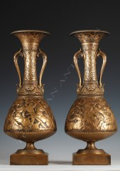 F. Levillain & F. Barbedienne Pair of neo-Greek amphoras vases